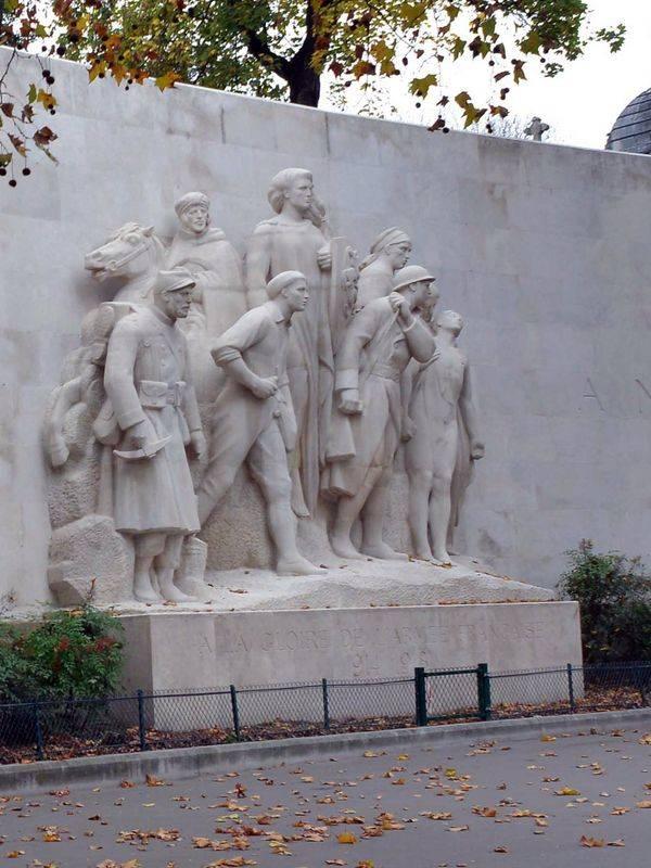 Monument à la gloire de l'armée française