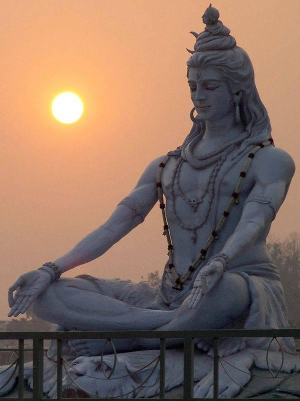 Statue du Dieu Shiva
