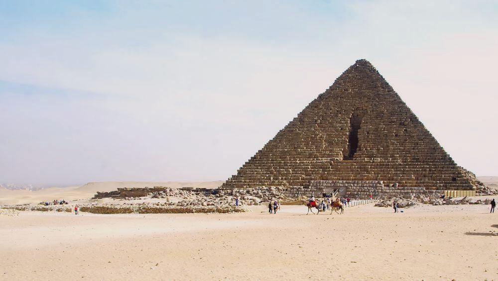 Entaille de la pyramide de Mykérinos (cliquez pour agrandir)