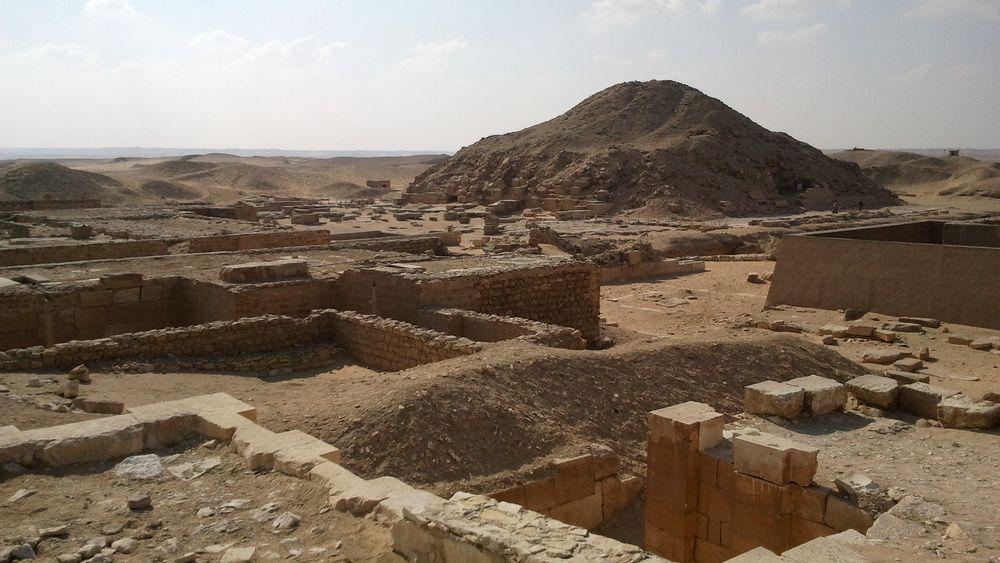 Le plateau de Saqqarah