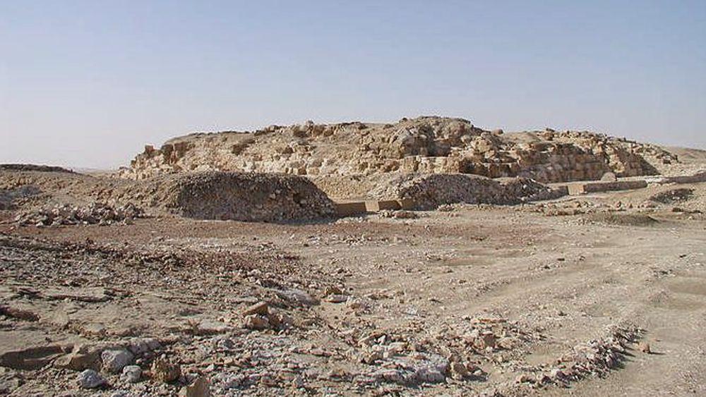 La pyramide de Djedefrê