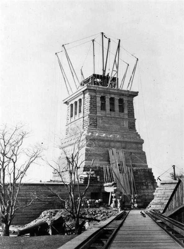 Super Histoire de la Statue de la Liberté AJ96