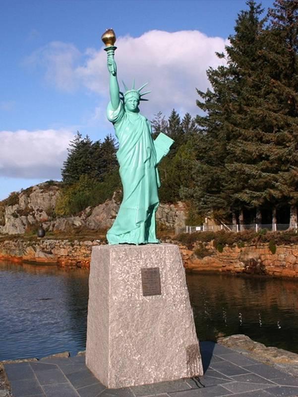 Réplique de la statue de la Liberté