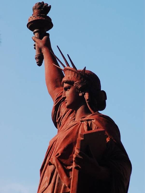 Super Copies, répliques et reproductions de la statue de la Liberté AJ96