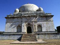 La tombe de Hoshang Shah