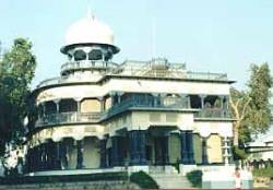 L'Anand Bhawan