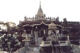 Le temple de Pareshnath