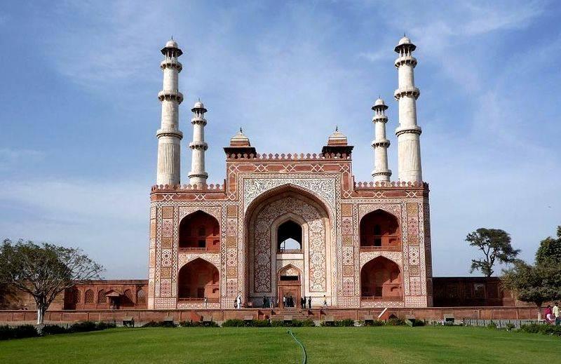 Tombe d'Akbar