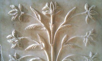 Détail des sculptures en marbre