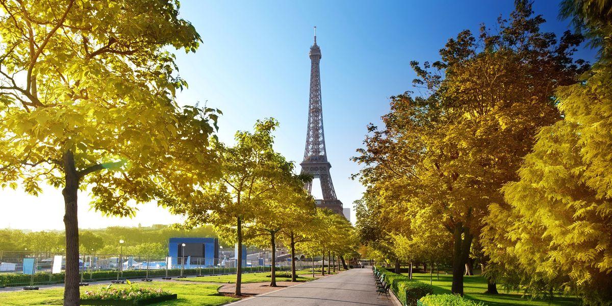 La tour Eiffel un jour de printemps