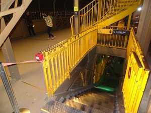 L'escalier descendant au 1er étage