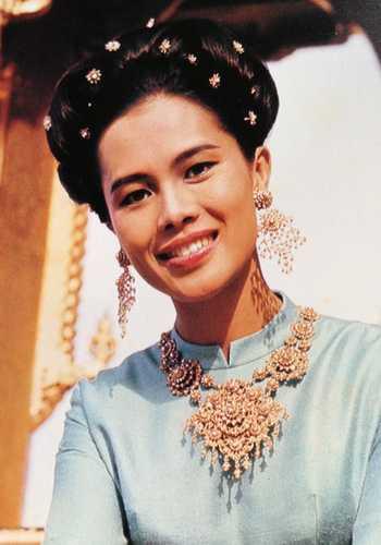La reine de Thaïlande Sirikit